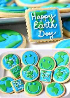 Our planet does a lot for us, we should make cookies! Planet Earth Day cookies to celebrate Earth Day in April Earth Day Projects, Earth Day Crafts, Almond Butter Cookies, Sugar Cookie Bars, Cut Out Cookies, How To Make Cookies, Cake Cookies, Best Cookie Recipes, Holiday Recipes