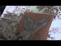 Bolillos: Como hacer una flor de 4 petalos - Parte 2 - YouTube Teneriffe, Bobbin Lacemaking, Videos, Needle Lace, Lace Making, Projects To Try, Youtube, How To Make, Pictures