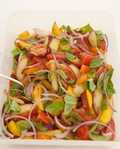 Peach, Tomato, and Basil Salad, Wholeliving.com #lunchbunch