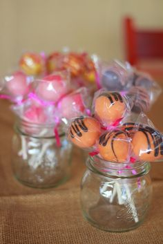 Really simple cake pops that represent characters from Winnie the Pooh