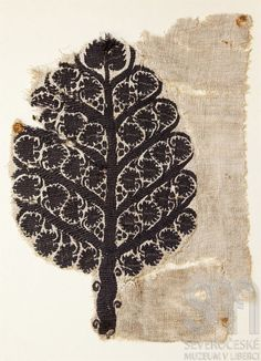 Tree of Life Fragment (Coptic) Linen and Wool, woven 4th-5th century From the…