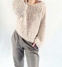 Loose Kiro by Kim handknitted jumper Easy Knitting Patterns, Lace Knitting, Knitting Designs, Knit Crochet, Knitwear Fashion, Knit Fashion, Kiro By Kim, How To Purl Knit, Cardigan Pattern