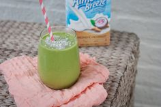 Try this Tropical Green #Smoothie #recipe from Eating Bird Food for a great warm weather treat!
