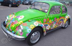 Classic VW Beetle part-wrapped in a printed vinyl car wrap by Totally Dynamic North London