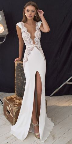 18 Unique & Hot Sexy Wedding Dresses ❤️ We collected for you some sexy wedding dresses which are elegant alternatives. Our wedding dresses keep balancing sexy with ceremony-appropriate look. See more: www. Sexy Wedding Dresses, Sexy Dresses, Bridal Dresses, Wedding Gowns, Prom Dresses, Formal Dresses, Sexy Reception Dress, Lace Wedding, White Dress For Wedding