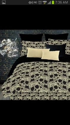 This striking flower and skull sheet set with comforter makes a dramatic statement in a teen's room or modern master bedroom. The brushed microfiber is soft and warm for a comfortable night's sleep. M