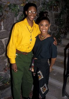 Jada Pinkett Smith & Cory Tyler on the set of A Different World Jada Pinkett Smith, Love Jones Movie, Black Girl Magic, Black Girls, 90s Fashion, Fashion Outfits, Nostalgia, Asian Short Hair, Black Magazine