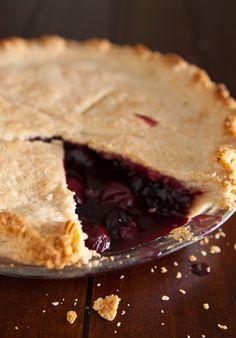 <3 Cherry pomegranate pie