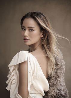 Jamie Chung Talks New Show 'The Gifted' & Massive Social Media Success Asian Celebrities, Celebs, Asian Actors, Blonde Asian, Stockholm Street Style, Paris Street, Vanessa Jackman, Milan Fashion Weeks, London Fashion