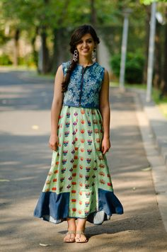 from http://www.buzzfeed.com/regajha/incredibly-chic-street-style-photos-from-india