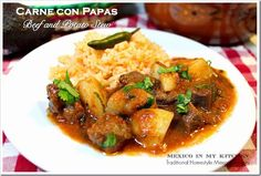Beef and Potato Stew / Carne con Papas: un platillo económico.