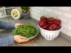 HER YIL KIŞ İÇİN YAPIYORUM AMA KIŞA KALMIYOR 😁 BEKLEMEK YOK YAP YE 💯 YAĞLI BİBER TURŞUSU - YouTube Green Beans, Spinach, Stuffed Peppers, Vegetables, Food, Youtube, Stuffed Pepper, Essen, Vegetable Recipes