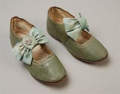 Mint green leather children's shoes, 1828-1832, Rotterdam Museum. [Not sure about the dating for this one, it looks late Victorian to me...]
