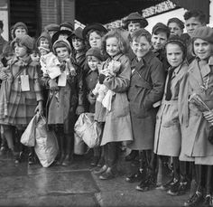 Jennifer Chronicles #88: World War II, British Orphans and the Silent Generation | Are You There God? It's Me Generation X