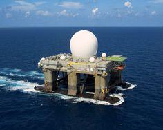 Schwimmende Radarstation des US-Militärs: Das SBX-1 ist Teil der Raketenabwehr.