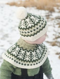 Crochet Bebe, Knit Crochet, Crochet Hats, Woolen Clothes, Knitting Patterns, Sewing Patterns, Pixel Crochet, Baby Cover, Warm Outfits