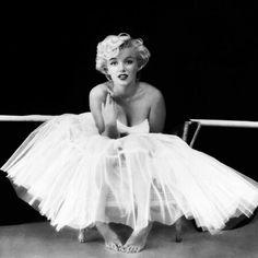 Bridal Inspiration: Marilyn Monroe in Tulle Tutu Dress