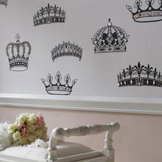 Impressive Crown Wallpaper Style