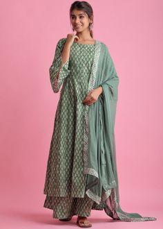 #green #readymade #anarkali #suit #stylish #indian #salwar #kameez #eid #dresses #pakistani #suits #heavy #work #dupatta #ootd Readymade Salwar Kameez, Cotton Anarkali, Pakistani Suits, Designer Wear, Printed Cotton, Kimono Top, Chiffon, Clothes, Green