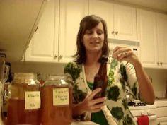 How to bottle and Flavor Homeade Kombucha with Dawn Depke. #kombucha