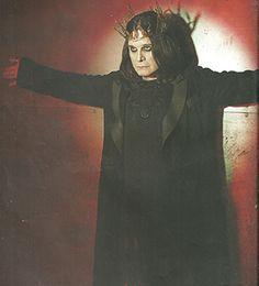 ozzy osbourne : Ozzy Osbourne Cantante John Michael Osbourne, más conocido como Ozzy Osbourne, es un cantante, músico y compositor británico de heavy metal con una carrera de más de cuarenta años de actividad. Wikipedia Hijos: Kelly Osbourne, Jessica Starshine Osbourne, Aimee Osbourne, Jack Osbourne, Elliot Kingsley, Louis John Osbourne Cónyuge: Sharon Osbourne (m. 1982), Thelma Riley (m. 1971–1982) Grupo musical: Black Sabbath | ahorayya2