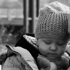 Luźna czapka dla niemowlaka - 6 m-cy