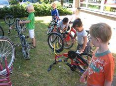 jufjanneke.nl - Op de fiets.. Wordpress, Bicycle, School, Vehicles, Kids, Young Children, Bike, Boys, Bicycle Kick
