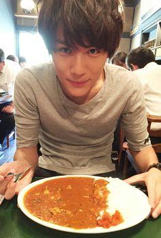 """""""love curry & rice<3""""  Taishi Nakagawa"""