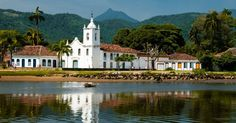 Igreja Nossa Senhora das Dores, também conhecida como Capelinha, foi construída em 1800