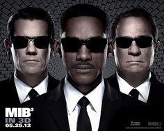 The Series Junkie: Review: Men In Black 3 [2012]