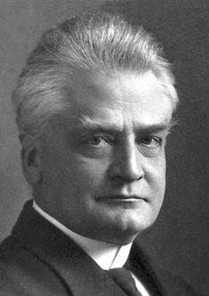 1921 Christian Lous Lange  Norvège