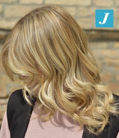 Colorare i capelli in modo inimitabile _ Degrade Joelle #cdj #degradejoelle #tagliopuntearia #degradé #igers #musthave #hair #hairstyle #haircolour #longhair #ootd #hairfashion #madeinitaly #wellastudionyc