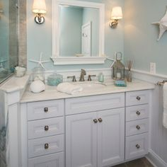 Beach Themed Bathroom Decor Gives Calming Feelings And Ideas Is Not Limited To Blue Green Colors As There Are Also Yellow
