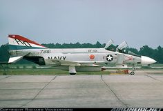 McDonnell Douglas F-4J Phantom II aircraft picture