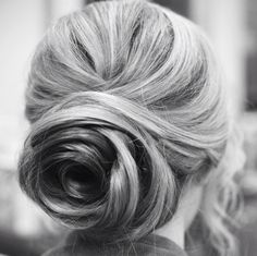 Today's Most Popular Wedding Hairstyles