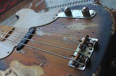 Fender-51-54-Sting-precision-bass-road-worn