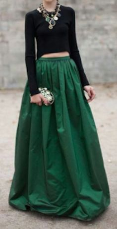 pleated maxi skirt  http://rstyle.me/n/pu3hmpdpe