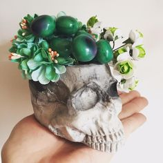 Eclectic and unique, Barbara Anne skull kimo-kawaii vase by luluncat on Etsy Handmade Baby, Handmade Items, Handmade Gifts, Tea Light Candles, Tea Lights, Tealight Candle Holders, Doll Head, New Baby Products, Skull