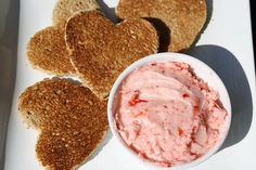 Strawberry Butter What's For Breakfast, Breakfast Dessert, Breakfast Smoothies, Breakfast Dishes, Strawberry Butter, Strawberry Recipes, Flavor Flav, Valentines Food, Sweet Sauce