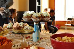Shower bébé Cindy et Matthieu 2014 Cupcakes bleuets-glaçage fromage à la crème.
