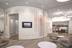 Solutions Studio worked with AECOM LA to create a feature wall in the lower lobby of PwC's Los Angles headquarters. As the wall meanders through the L-shaped space of the lobby, perforations and layering of materials create distinct zones interrelated through either color palette or direct lines of sight. Corporate branding and color schemes are …