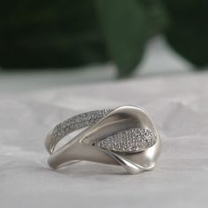 Diamond Calla Lily Ring in White Gold