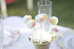 See life bloom inside this garden party baby shower at Kara's Party Ideas. You'll find gorgeous sweets, garden party decor, and much more here! Baby Shower Nails, Baby Shower Cake Pops, Baby Shower Favors, Shower Cakes, Baby Shower Parties, Baby Boy Shower, Baby Shower Invitations, Baby Shower Gifts, Garden Theme