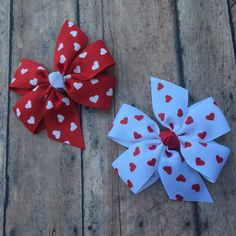 Valentines Day Bow - Heart Bow - Red and White bow - Girls hair bow - Small Pinwheel Bow - Small Valentines Day Bow - Basic Hair Bow - Bow by BBgiftsandmore on Etsy