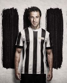Cr7 Juventus, Juventus Stadium, Juventus Wallpapers, Love Wallpapers Romantic, Best Player, Turin, Football Jerseys, Soccer Players, Champions League
