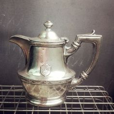 A vintage c. 1917 silver plate teapot from Hotel Statler! In excellent condition, no damage or dents, just the usual marks & signs of use youd