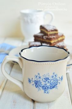 Gabriella kalandjai a konyhában :): Lemezes linzer Mugs, Tableware, Dinnerware, Cups, Mug, Dishes