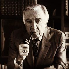 Legendary CBS news man Walter Cronkite smoked a Wilke pipe and favored Wilke's Mixture 72 tobacco blend. He was a regular client at the Wilke Pipe Shop on Madison Avenue in New York City.