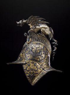 Réunion des Musées Nationaux-Grand Palais -                                                                                                                                                                                 Plus Helmet Head, Army Helmet, Neck Bones, Armor Clothing, Mode Costume, Armadura Medieval, Armor Of God, Arm Armor, Arte Horror