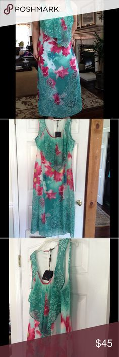 Island Daisies Dress Zips in back, lined . I'm 5'5 and it hits mid ankle Milano Dresses Maxi